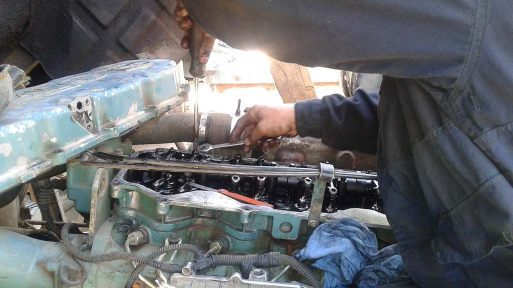 Регулировка кларанов двигателя