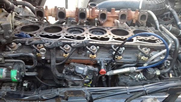 Ремонт грузовых двигателей